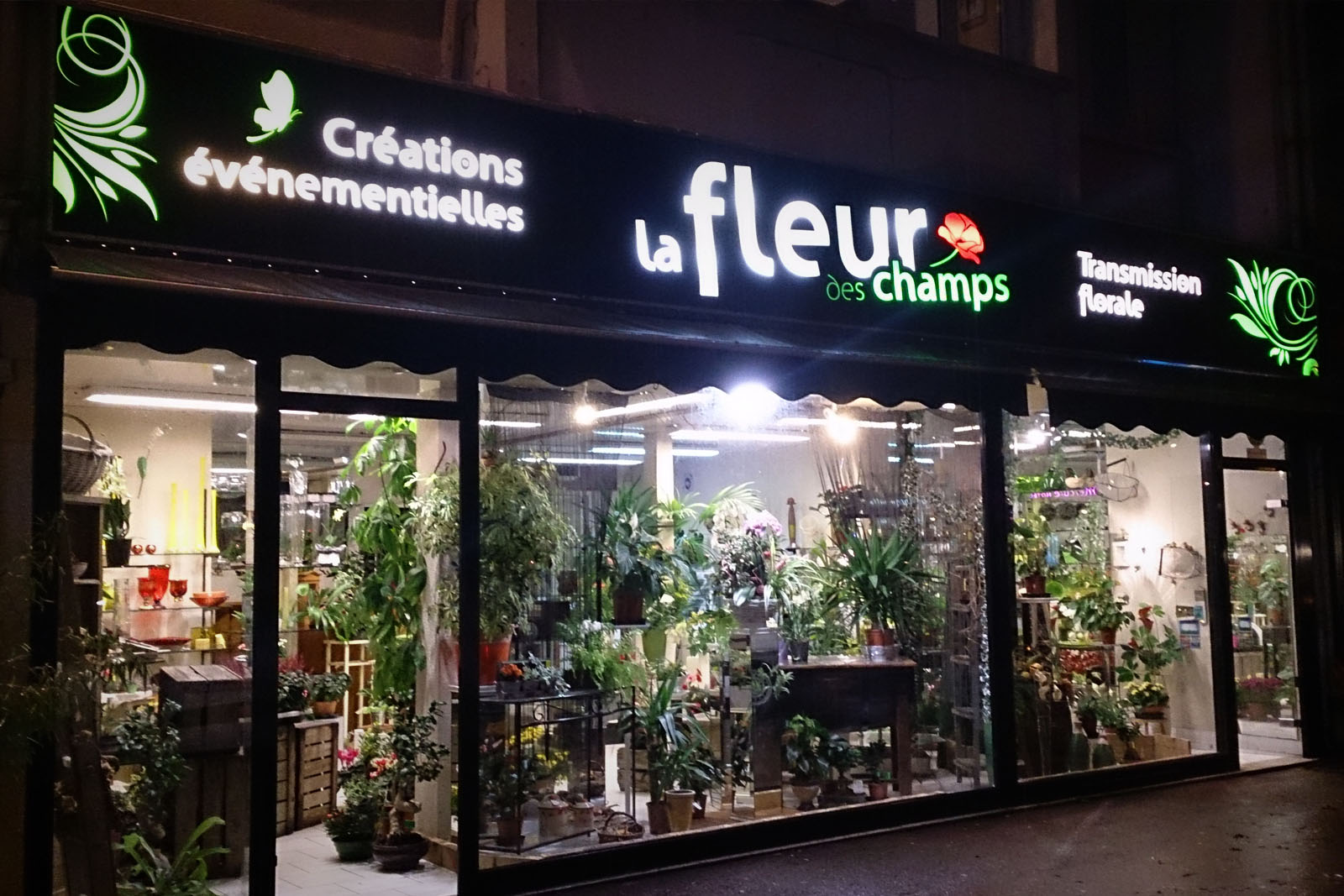 fleurdeschamps_enseigne-lumineuse-led-saint-lo