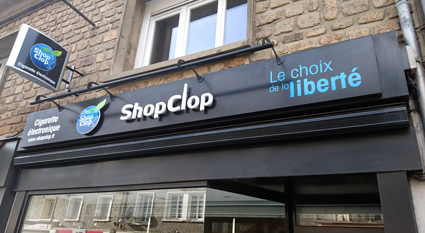 shopclop-cigarette-electronique-enseigne-saint-lo