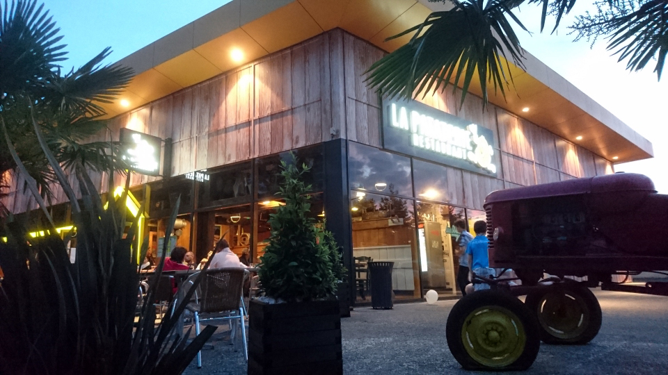 enseigne-lumineuse-saint-lo-restaurant-la-pataterie
